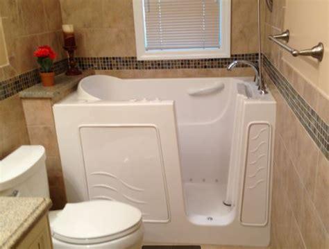 modifica vasca da bagno con sportello vasca da bagno con sportello per anziani vasca con