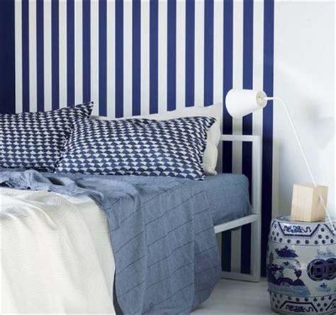 chambre bleue  blanche deco bord de mer cote maison