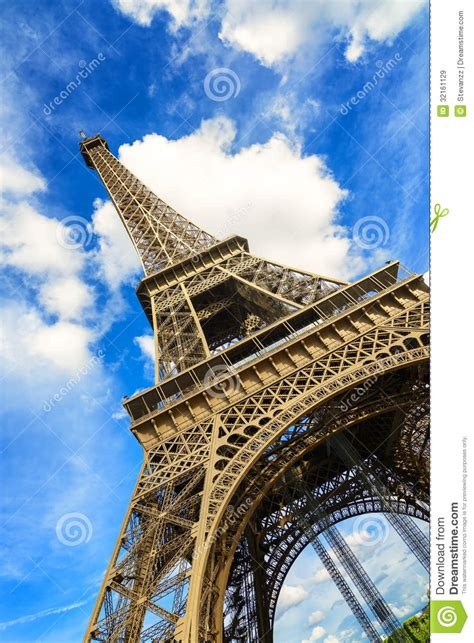 eiffel   tower landmark wide angle view paris