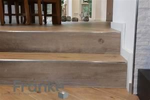 Treppen Fliesen Holzoptik : treppe mit feinsteinzeugfliesen und schl ter schiene schl ter ~ Markanthonyermac.com Haus und Dekorationen
