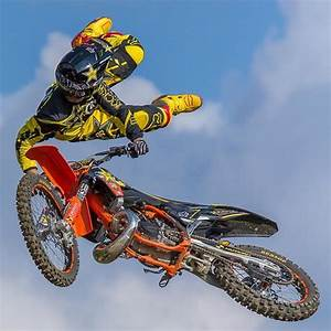 Image De Moto : ben milot spectacle d 39 acrobatie et de moto cross ~ Medecine-chirurgie-esthetiques.com Avis de Voitures
