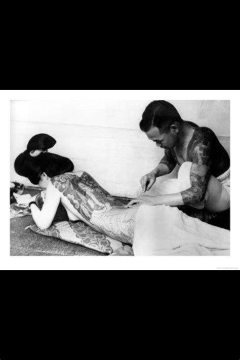 Yakuza Tattoos on Japanese Men & Women | Japanese tattoo