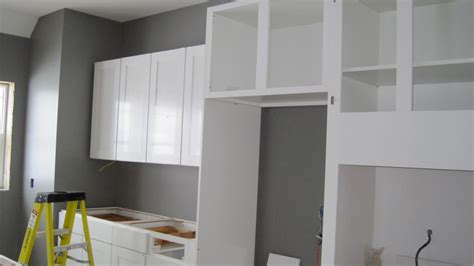 white cabinets gray walls white kitchen color walls easy home decorating ideas
