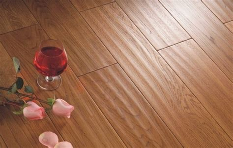 Hardwood Floor Cupping Fix by Hardwood Flooring Buying Guide Quality Check Wood Species