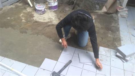 ceramic floor tile installation process  sloping
