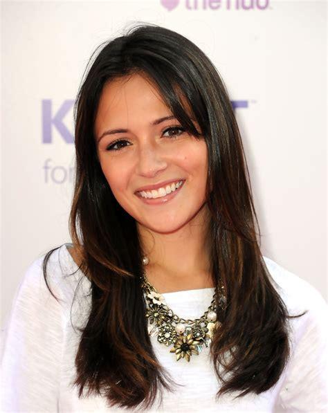 julia actress designated survivor italia ricci bronze statement necklace italia ricci