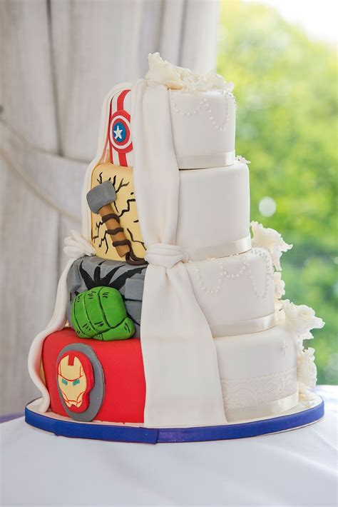 Superhero Wedding Cakes That Will Make Your Day Totally ...