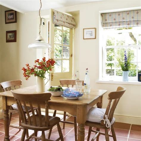 Dining Cottage Style  S T A R D U S T  Decor & Style