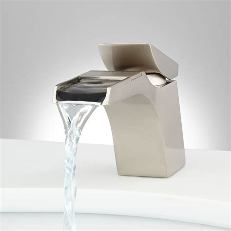 broeg single hole waterfall faucet bathroom