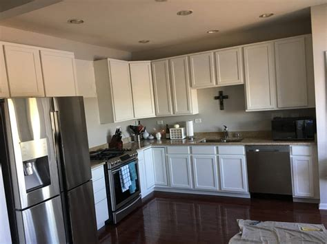 which paint for kitchen cabinets paint the cherry cabinets in your home your 1726