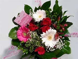 Offrir Un Bouquet De Fleurs : offrir des fleurs une femme pour son anniversaire ou pour une occasion particuli re ~ Melissatoandfro.com Idées de Décoration