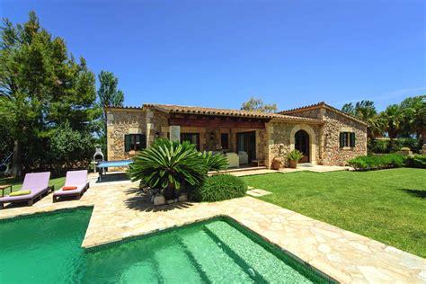 Finca Mieten Mallorca Südosten by Kleine Villa Mallorca Norden In Pollenca Luxus