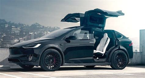 Stay connected to the most critical events of the day with bloomberg. Gitzwarte Tesla Model X is één en al carbon - Autoblog.nl