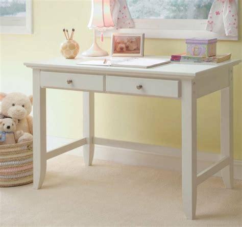 set de bureau personnalisé transformez le bureau enfant dans un objet personnalisé
