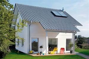 überdachte Terrasse Bauen : haus mit berdachter terrasse schw rerhaus ~ Markanthonyermac.com Haus und Dekorationen