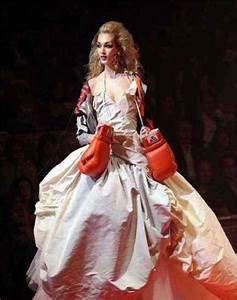worst wedding dresses With boxing wedding dress