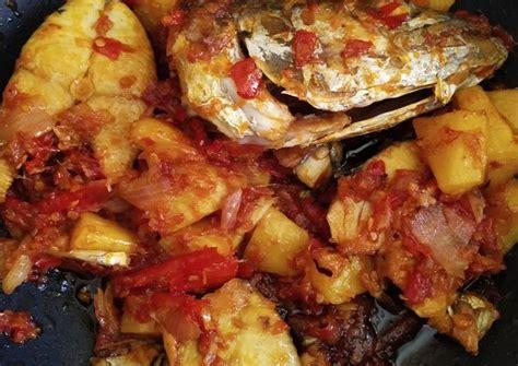 Masukkan gula merah, garam, gula pasir dan air asam jawa. Cara memasak Ikan Tenggiri Masak Berlado - Resep Masakan Malaysia