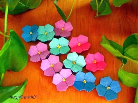 origami blumen falten diy blumen basteln mit papier einfache bastelideen geldschein blume falten