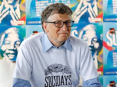 Bill Gates is stepping down from the boards of Microsoft ...