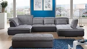 Wohnlandschaft In U Form : ecksofa in u form als gem tliche wohnlandschaft couch wohnzimmer sofa home sofas ~ Frokenaadalensverden.com Haus und Dekorationen