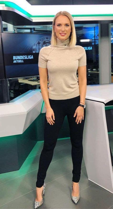 Hofmann nackt ruth Giulia