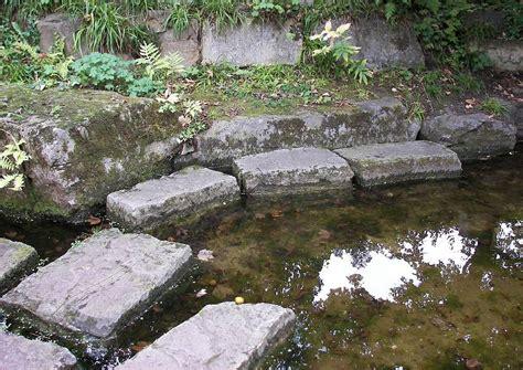 Britzer Garten Events by Trittsteine Machen Auch Die Wasserfl 228 Che Begehbar