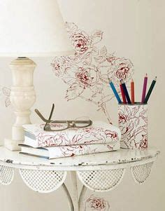 Decorating Ideas Leftover Wallpaper Border by Innovative Ideas To Use Leftover Wallpapers
