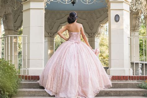 We carry hundreds of quinceanera dresses and sweet 16 dresses from the most. Zenfolio | M Squared Photography | Desiree Quinceanera ...
