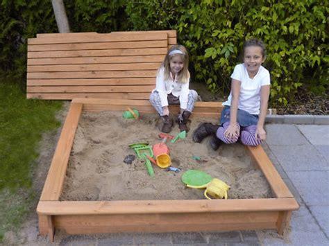 sandkasten aus holz mit abdeckung sandkasten mit abdeckung aus holz l 100 x b 100 x h 24 cm balkon garten shop