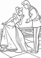 Cinderella Coloring Mewarnai Disney Cendrillon Coloriage Prince Princess Gambar Cenerentola Son Colorare Principe Cinderela Preschool Elsa Printable Kopciuszek Sketsa Princes sketch template