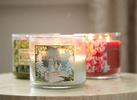 berry scented candles it 39 s sweater weather p s i 39 m currently addicted to bath