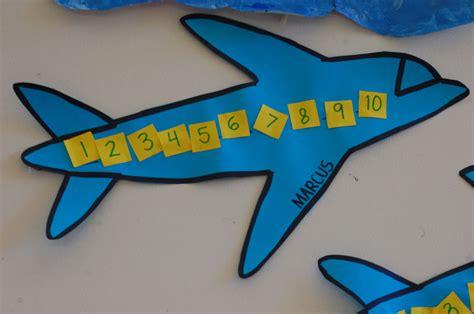 airplane for math preschool airplane crafts 544 | a33658b5a18e8bdf51706aabfec10804
