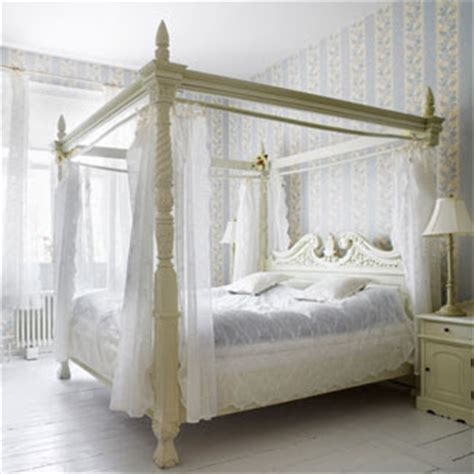 Whitehaven Dreaming Of White Canopy Beds