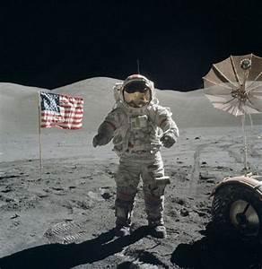 Proof Of UFO Base On Moon: NASA Whistleblower's Apollo ...