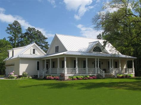 One Story Farmhouse Plans by Farmhouse Style House Plan 4 Beds 3 Baths 2553 Sq Ft