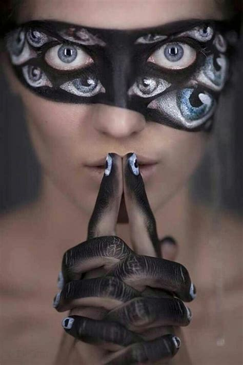 30 Scary Makeup Ideas For Halloween  Pretty Designs