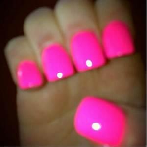 Neon pink nails | Nails | Pinterest | Neon pink nails ...