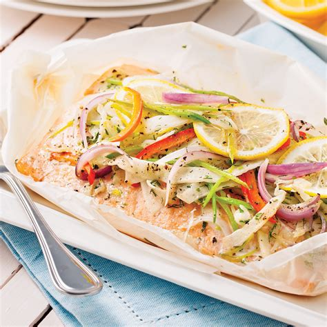 saumon cuisine saumon au beurre citronné en papillote recettes