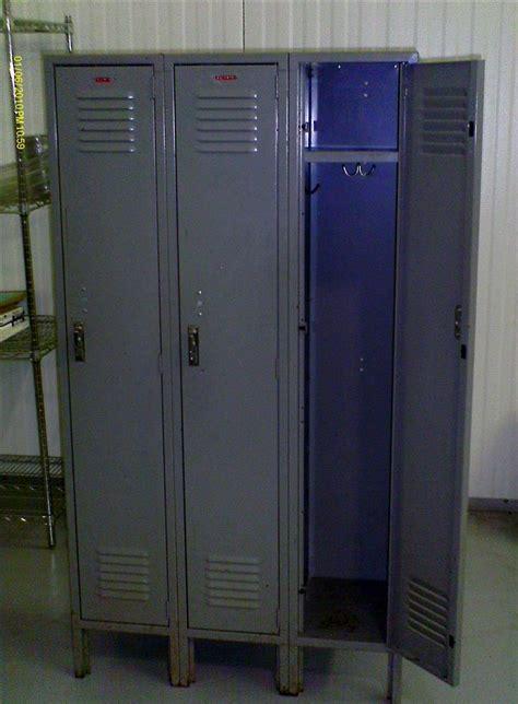 door steel lockers   sale