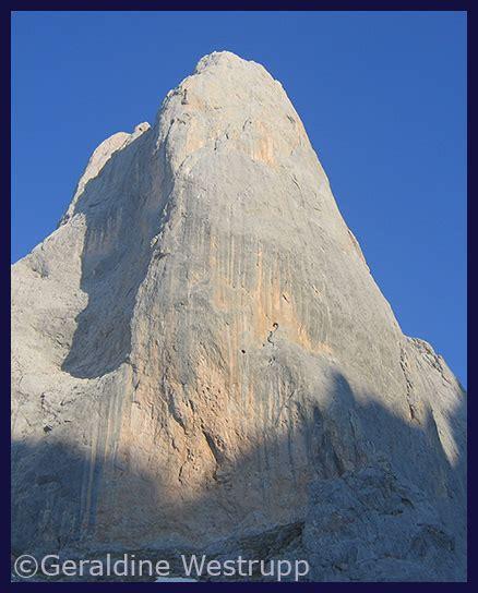 climbing mountaineering  bouldering   picos de europa