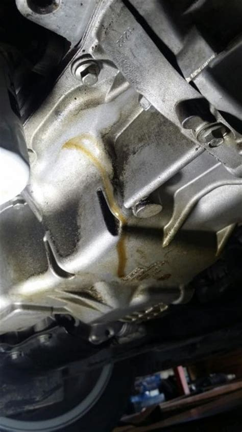 ford focus leaking rear main seal  complaints
