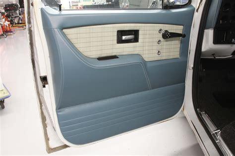 custom upholstery options    chevy trucks hot