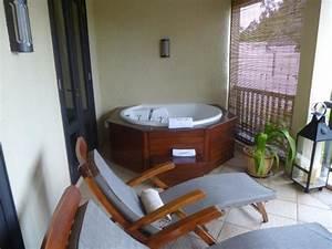 Mini Whirlpool Balkon : whirlpool am balkon bild von maritim resort spa ~ Watch28wear.com Haus und Dekorationen