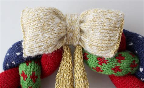 knitted christmas wreath knit crochet christmas