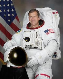 NASA astronaut speaks from the ocean floor: 'We're ...