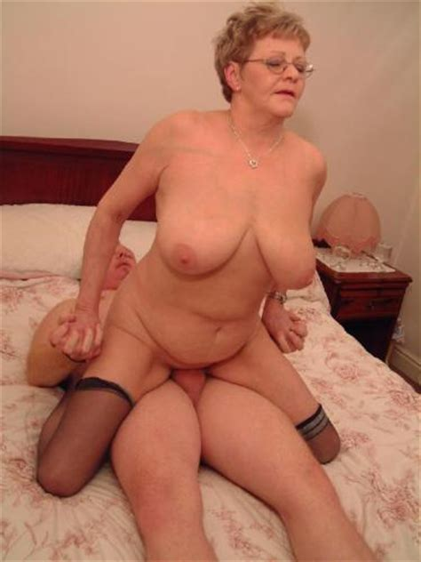 Forumophilia Porn Forum Sexy Mature Moms And Milfs