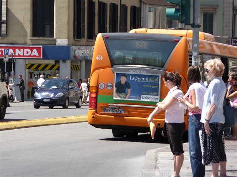 möbel buss atb bergamo promossa ma l affollamento dei scontenta