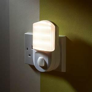 Bright Motion Sensor Outdoor Light Super Bright Plug In Pir Motion Sensor Led Night Light