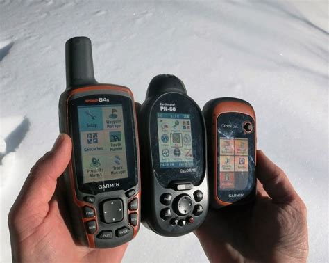 Outdoorgearlab Analyzes And Awards The Best Handheld Gps