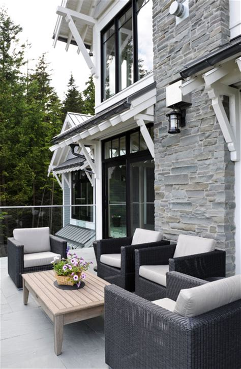 bowen house  transitional patio vancouver  eyco